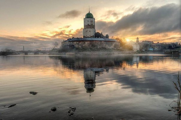 Выборгский замок - Это то, место - куда хочется и хочется приезжать! П