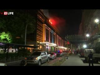 У курортного отеля взрывы и стрельба в столице Филиппин