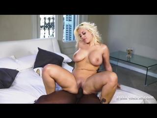 Сисястая блондинка (домашнее,секс,порно,раком,сиськи,попа,минет,в рот,кончил,мама,сын,сестра,дрочка,трахнул,инцест,красивая,орга