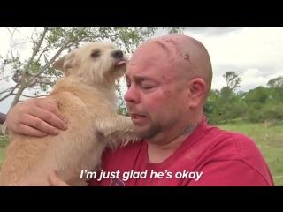 Мужчина нашел свою собаку после ужасающего торнадо