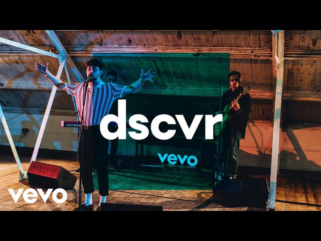 Tom Grennan - Praying - Vevo dscvr (Live)