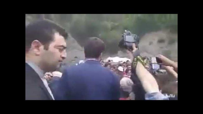 İran İşğalında olan Güney Türkmənistan türkmənləri Ruhaninin avtomobilinə hücum ediblər ☾✵