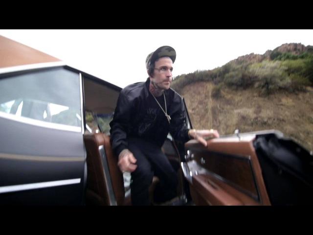 Travis Barker Ft Yelawolf - Push Em (Psycho White EP 2012)