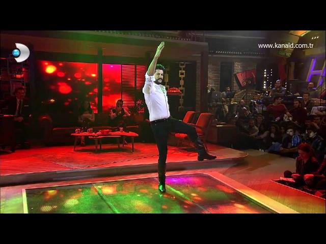 Burak Özçivit Beyaz Showda zeybek oynadı!