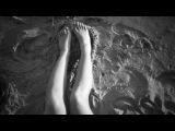 Two Feet - Love Is A Bitch (Original Mix)