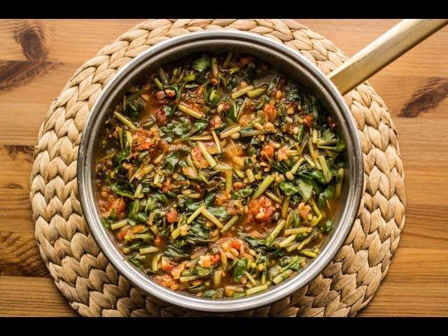 Турецкое блюдо из зелени портулак. Semizotu yemeği