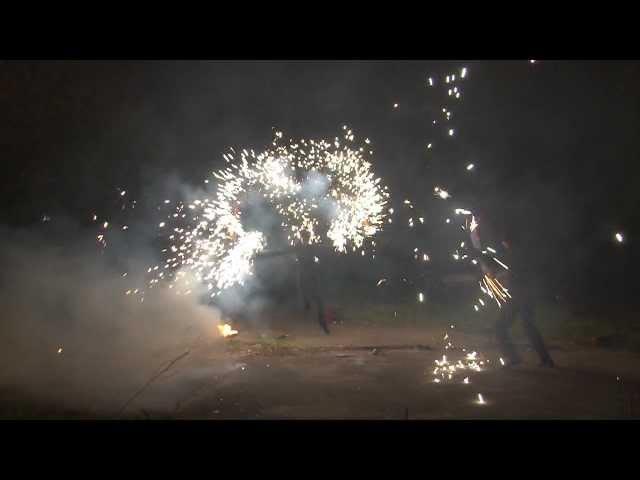 Комбинация фаер-шоу с парковым фейерверком mistica fire