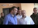 Мэр Донецка Кулемзин посетил восстановленный после обстрелов бассейн в прифрон