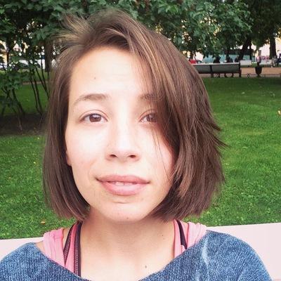 Маша Шустрова