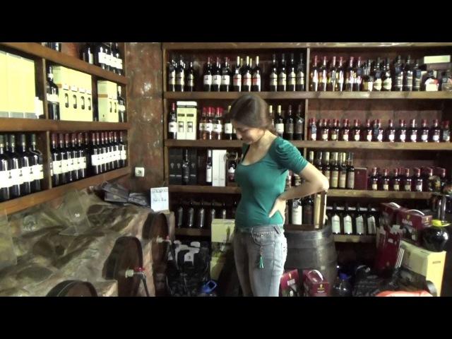 Розлив вина в Поти