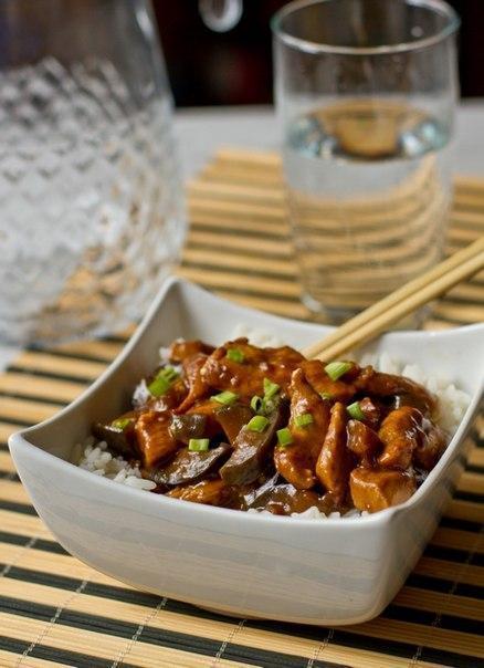 Курица с баклажанами по-китайски Ингредиенты: -800 г филе куриных