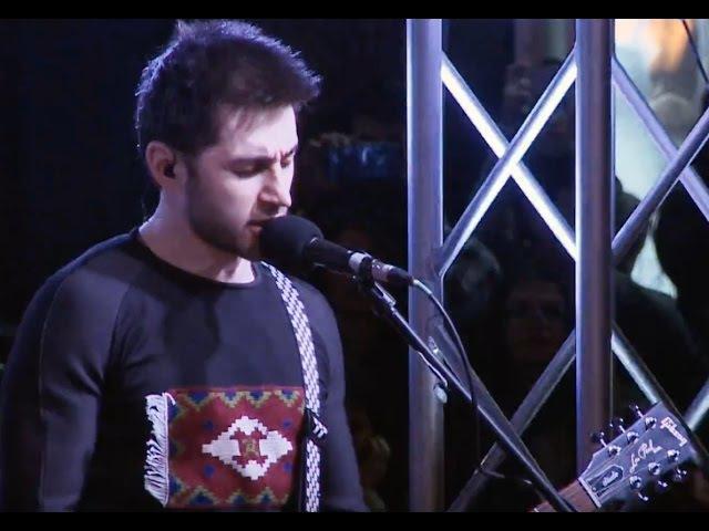 Garik Sona - Lav tghu pai (live at Aznavour square) HD