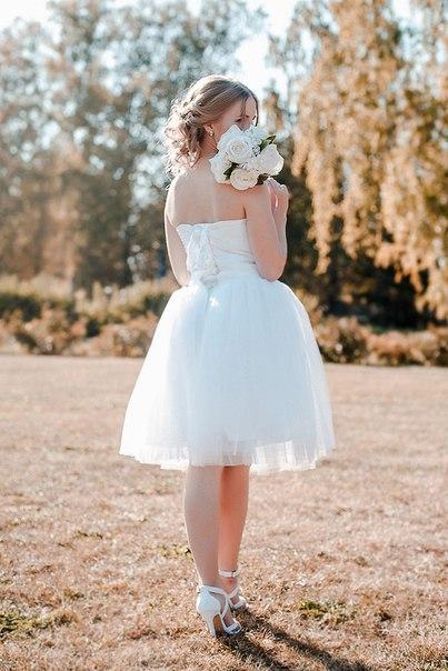 Долго думала,перебирала но все таки решила заказать свадебное платье на