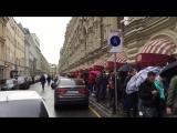На Красной площади выстроилась огромная очередь за новым iPhone 7