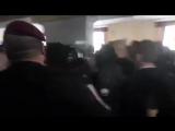 Депутаты Киевсовета длительное время не могли принять решение о признании добровольцев АТО, что возмутило чубатых.