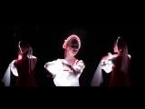 Русский народный танец девушек в светящихся платьях! Невероятно красиво.