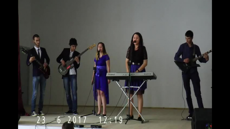 Twist and shout cover by ВИА УКГП)