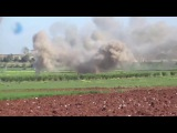 SAA carry out massive bombard to the north of Hama. Опубликовано 21 апр. 2017 г.