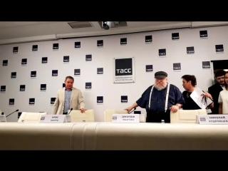 Джордж Мартин в России. Пресс-конференция в ТАССе.