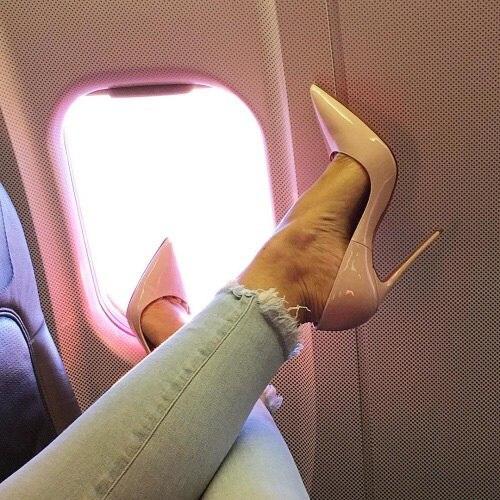 У каждой принцессы должны быть любимые туфли-лодочки💜 Если вы еще не у