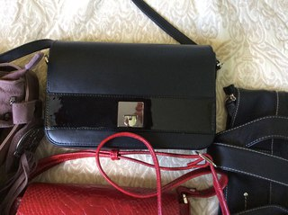 db145ca23e51 Кожаные сумки в наличии · любительские фото ассортимента.