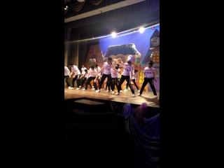 Первое выступление Никиты. Школа танцев