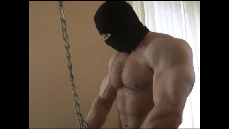 Massive Bodybuilder Training TRICEPS