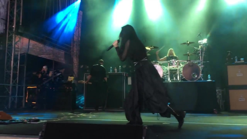 Evanescence live @ Trakai island castle in Lituania(21.06.17)-Haunted