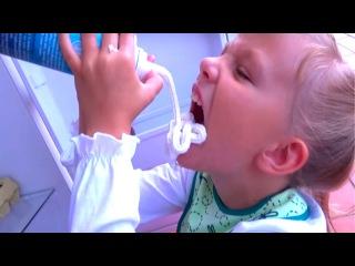 Bad Baby Вредные Детки Плохие Малыши Кидаются Едой Обычная Еда против мармелада СБО...