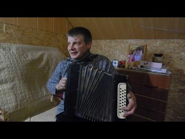 Зеленая фуражка исполняет Юрий Дворецков