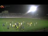Футболисты в Узбекистане устроили массовую драку на поле