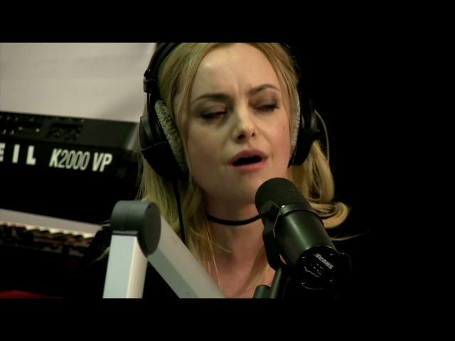 Елена Максимова - Skyfall (Adele) LIVE Авторадио