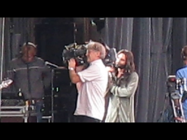 CONCHITA WURST Tulln sound check 2 new song with Basalt SMALL HOUSE 19 08 17