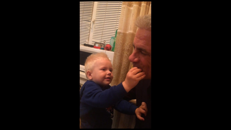 Дед и внук видео