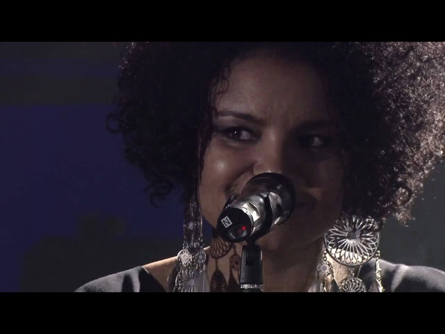 SCHILLER Mit Kim Sanders - Delicately Yours (ATEMLOS Live) 2010