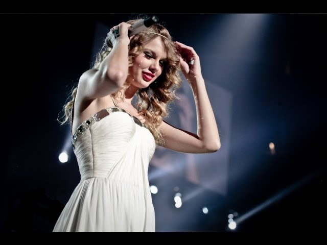 Taylor Swift - Love Story (Fearless Tour 2010) Audio