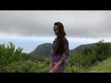 Очаровательная Мэри Кулешова на прогулке по Сейшельским островам