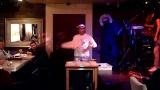 Шоу акробатической пиццы в Карт Бланш