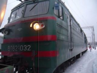 Відеоогляд електровозу Вл82м-032 ст.Полтава-Південна