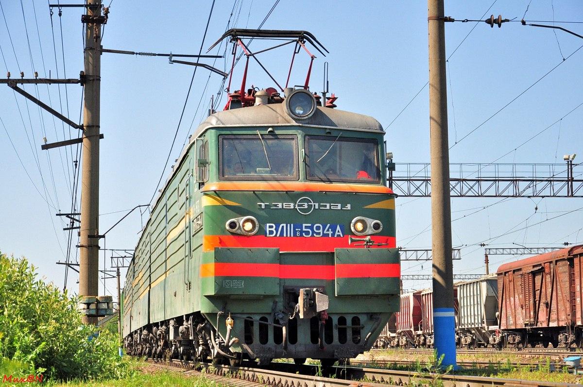 Под Таганрогом грузовой поезд насмерть сбил 39-летнего мужчину и 42-летнюю женщину