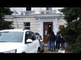 Украинских диверсантов выводят из здания суда в Севастополе: видео