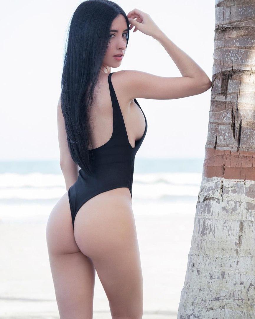 Sexy girls bikini