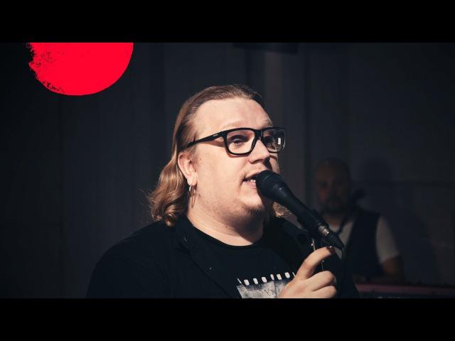 Arttu Wiskari: Kun me diskossa suudeltiin (livenä Nova Stagella - 4K)