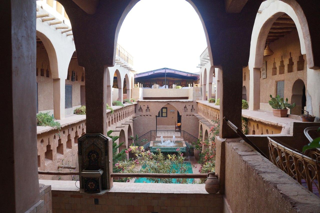 Как вышлядит берберский отель в пустыни