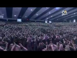 Содаты Южнокорейской армии на воскресном богослужении славят Бога
