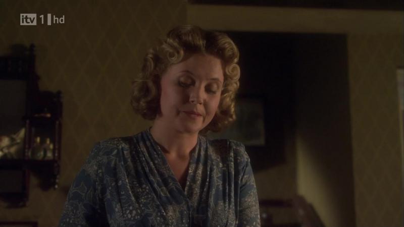 Мисс Марпл сезон 5 - серия 4 Разбитое пополам зеркало