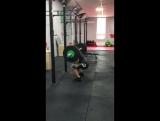 Приседание со штангой, вес 84 кг на 51 повтор )
