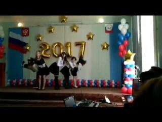 PERFORMANCES TWICE - TT (dance by GLOOMY DANCE TEAM)