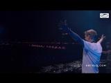 Super8 & Tab - Quest (Played by Armin van Buuren @ Untold)