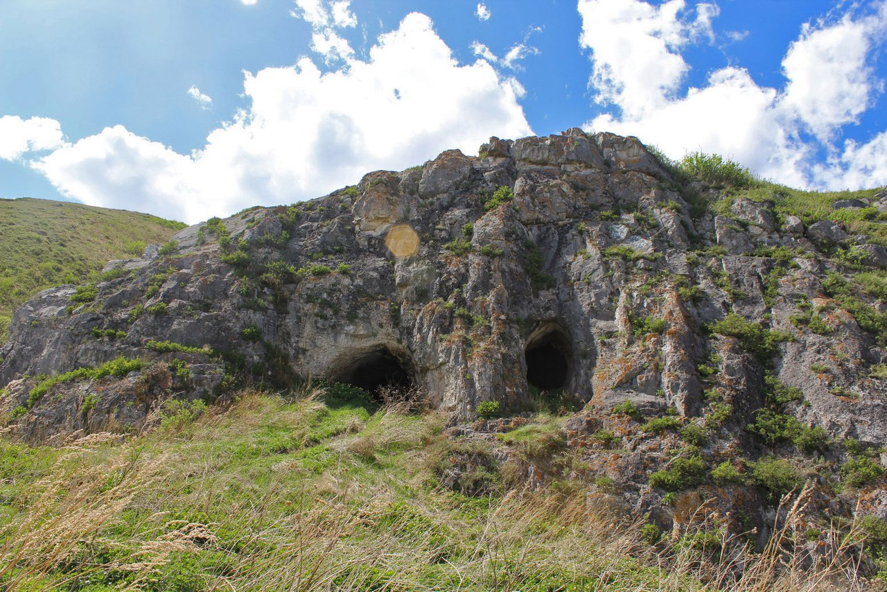 Пещеры и рудники